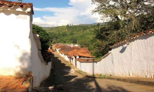 The empty street of Barichara