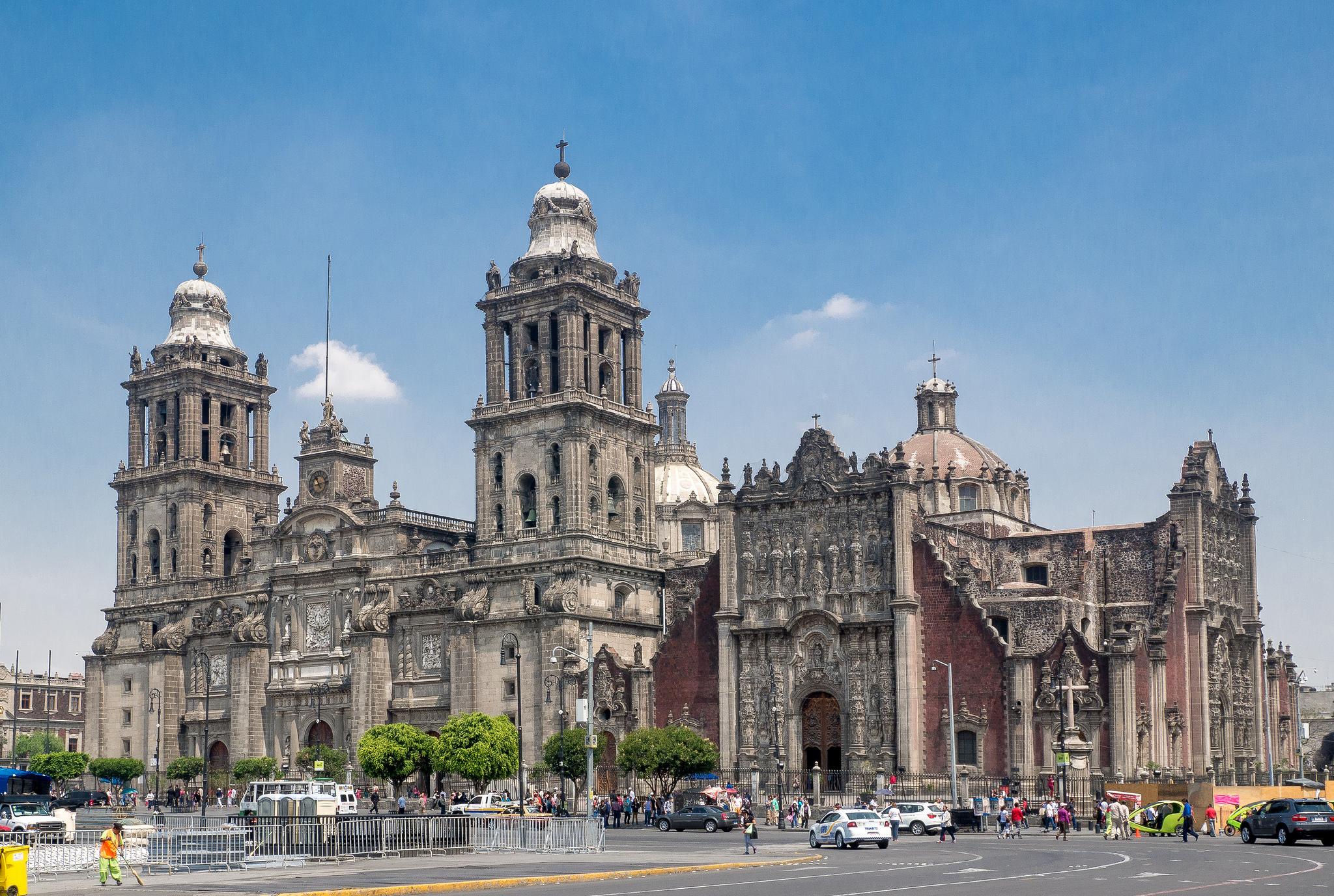 long layover mexico city